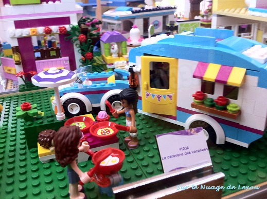 Lego friends caravane