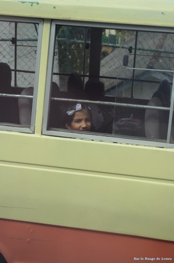 écolière Kandy