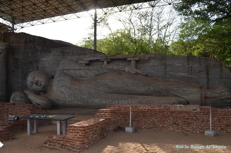 Bouddha couché Polonnaruwa