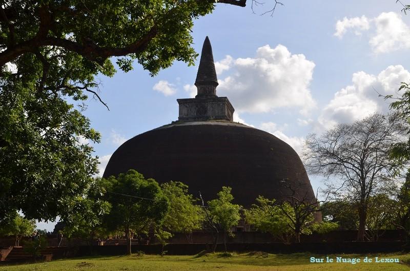 Stuppa Polonnaruwa