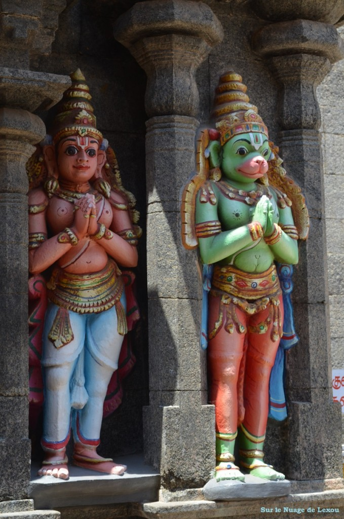 STATUETTES TEMPLE TRICHY