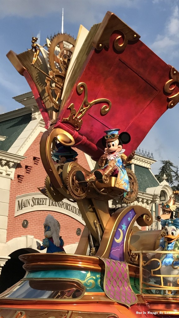 PARADE DISNEYLAND PARIS