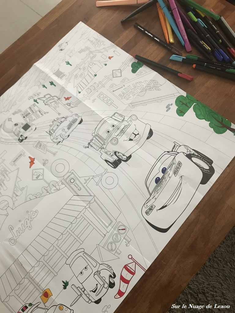 COLORIAGE GEANT CARS