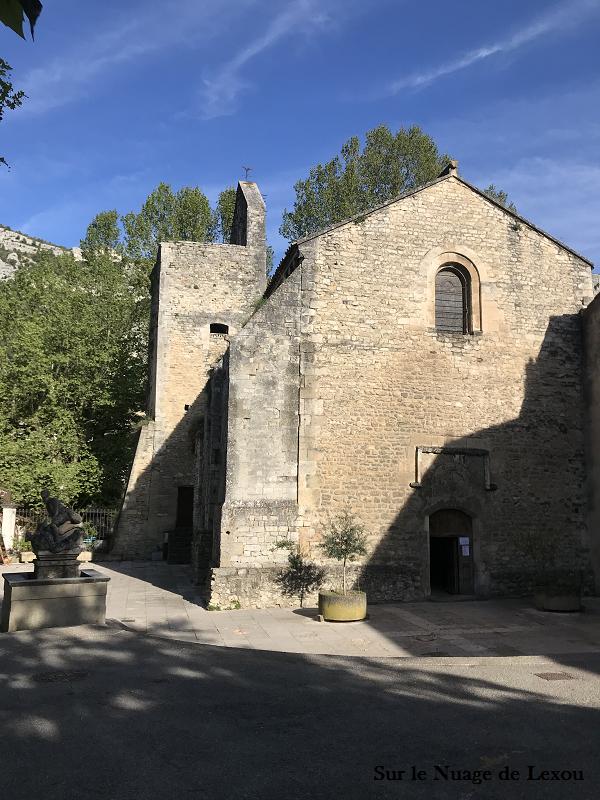 fontaine-de-vaucluse-eglise