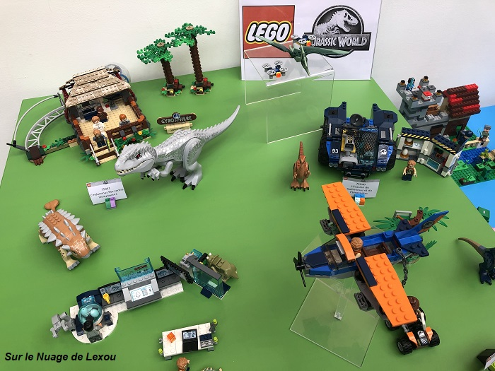 JURASSIC WORLD LEGO